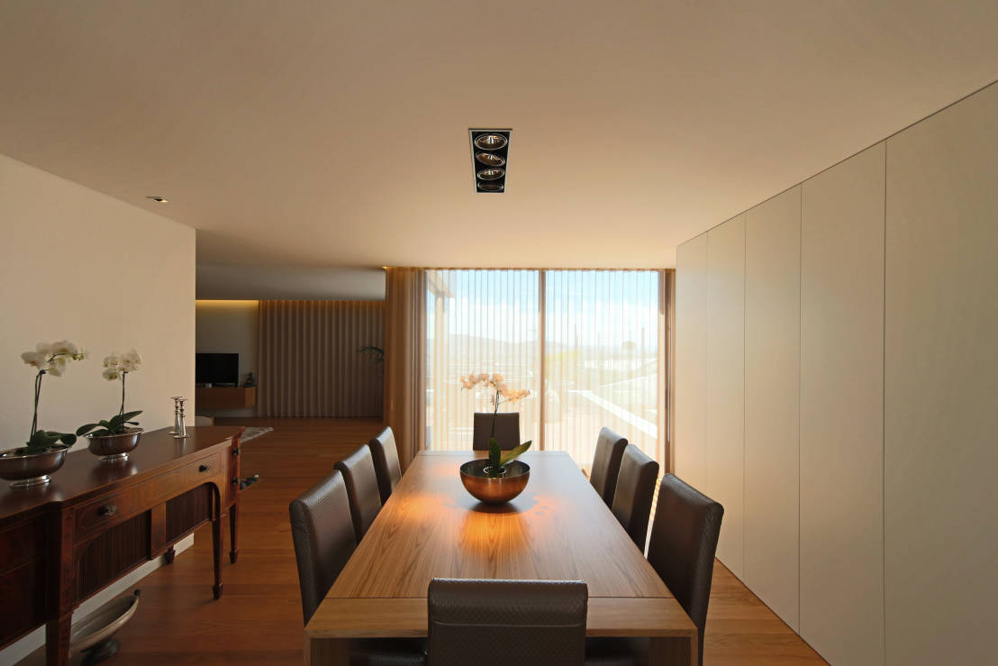Invito muebles minimalistas interiorismo decoraci n de - Comedores modernos minimalistas ...