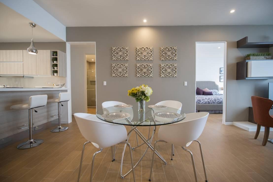Invito muebles minimalistas interiorismo decoraci n de - Decoracion en cristal interiores ...